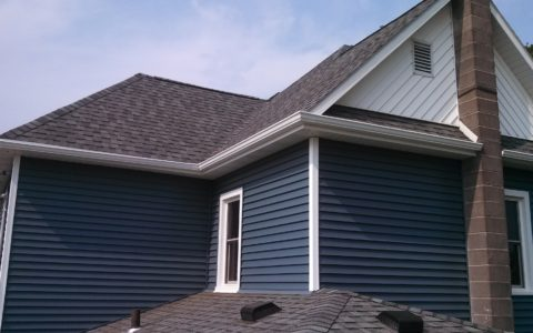 Vinyl Siding Installation Springfield IL 3 | Cleeton Construction Inc